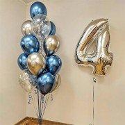 Композиция воздушных шаров на 4 года с шарами хром