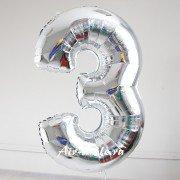 Фольгированная цифра 3 серебряного цвета с гелием