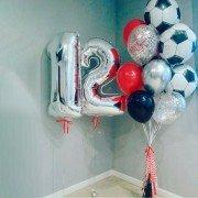 """Воздушные шары на 12 лет мальчику """"Футболист"""""""