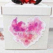 Коробка для шаров с наклейкой день рождения