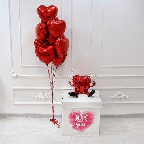 шарики для влюбленных в коробке