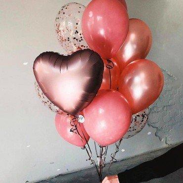 Букет из шариков в подарок девушке