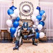 Украшение воздушными шариками с Бэтменом