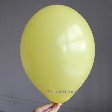 Гелиевый шарик ярко жёлтого цвета