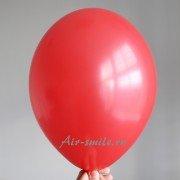 Шарик красного цвета с гелием