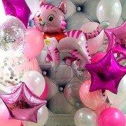 """Композиция из воздушных шаров """"Праздничный котенок"""""""