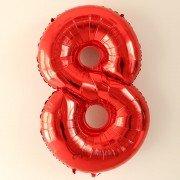 Фольгированная цифра 8 красного цвета