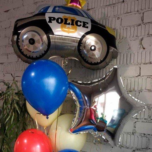 Фонтан из воздушных шаров с  машинкой полиции