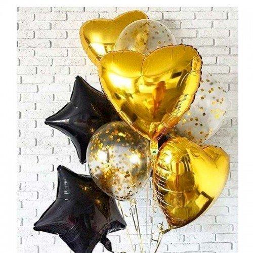 Композиция шаров из золотых сердец и черных звезд