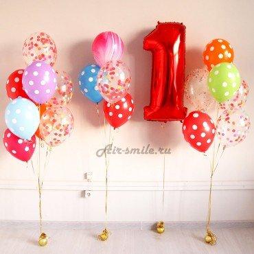 Украшение шарами на первый День Рождения в ярких оттенках