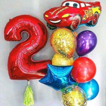 Комплект шаров на 2 года с красной гоночной тачкой