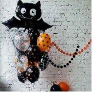 """Украшение шарами на Хэллоуин """"Полет летучей мыши"""""""