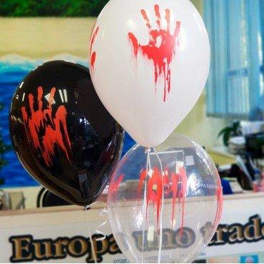 Латексные шарики с кровавой рукой на хэллоуин