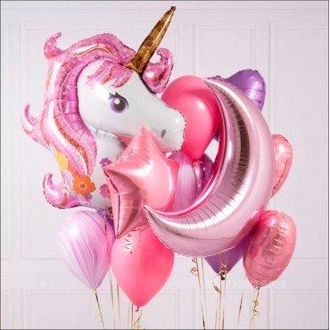 Украшение шарами с розовой головой единорога