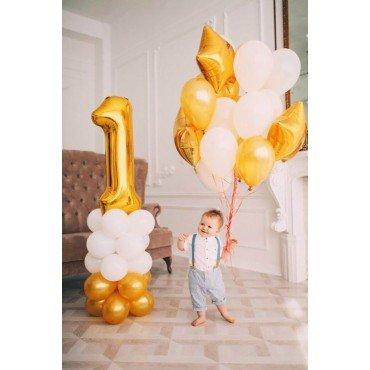 Воздушные шары на один годик в бело золотых цветах