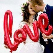 """Фольгированный шар надпись """"Love"""" красного цвета"""