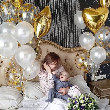Воздушные шары на для ребёнка на 1 годик в золотом стиле