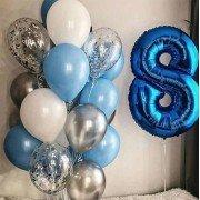 Облако шаров в голубых тонах и цифра 8