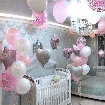 Шарики на выписку для дочки в розовых цветах с конфетти
