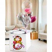 Подарок с шариками на 8 марта для любимой с баблс