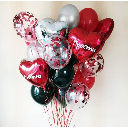 Воздушные шарики на 8 марта с конфетти в форме сердец