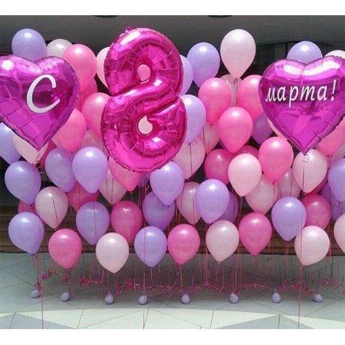 Украшение шарами с надписью на 8 марта