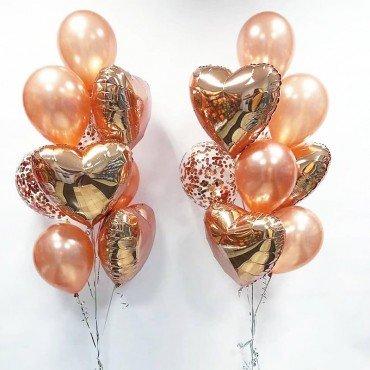 Фонтаны из шаров на день рождения в цвете розовое золото