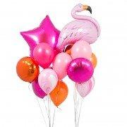 Яркие фонтаны из шаров с фламинго и малиновой звездой