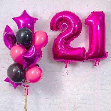 Букет из малиновых шаров с фольгированными цифрами