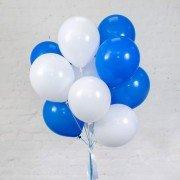 Фонтан из шаров бело-синего цвета