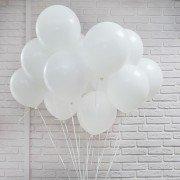 Облако шаров белого цвета оттенка пастель