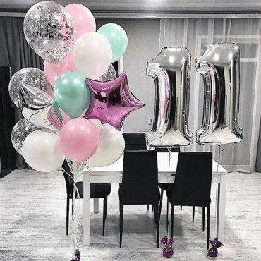 Облако шаров на 11 лет с цифрами серебряного цвета