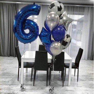 Облако шариков с футбольными мячами и цифра 6
