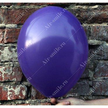Шарик матовый фиолетового цвета