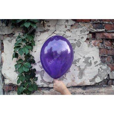 Прозрачный шарик фиолетового цвета