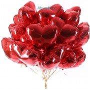 Фольгированные сердца красного цвета