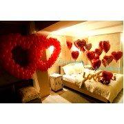 Украшение комнаты шариками для влюблённых