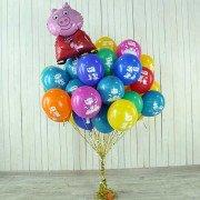 Связка шаров Свинка Пеппа с добавлением фольгированного шара Пеппа