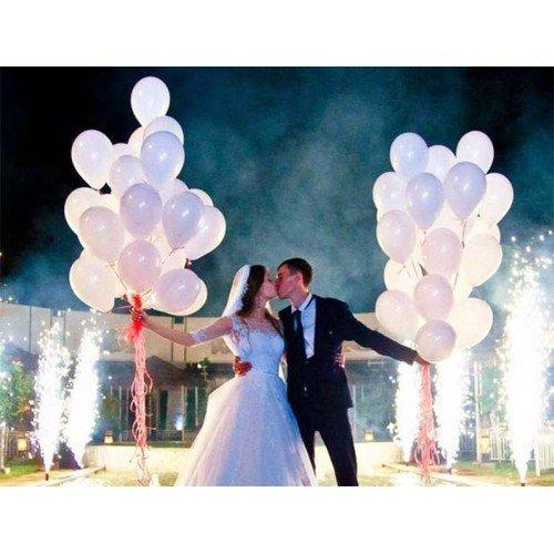 Воздушные шарики белого цвета на свадьбу