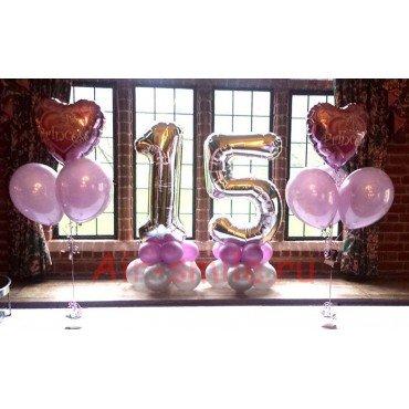 Композиция Цифра 15 с двумя фонтанами с сердцами