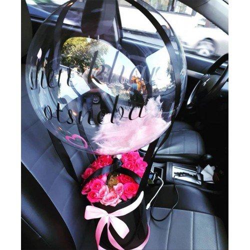 Шар Bubble с перьями и коробкой с розами