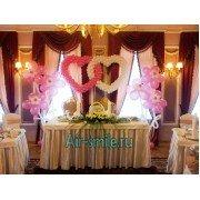Необычные украшения шарами на свадьбу