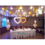 Вариант украшения шарами на свадьбу №17