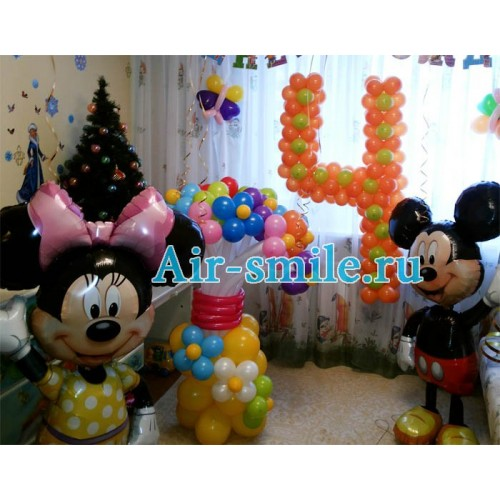 Украшение детского праздника с цифрой из шаров